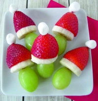 grinch-fruit-kabobs-A